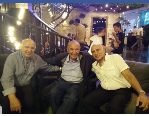 מפגש דורות הדפוס של משפחת ענו